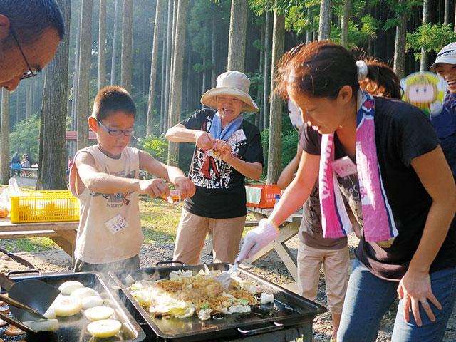 愛知県野外教育センターでバーベキュー