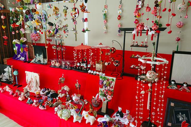 ひな人形展と地域文化展