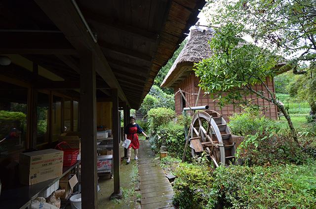 「水車のある村」牧野 シゲノ